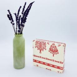 caja regalo navidad rojo y crema